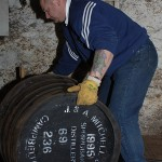 Emptying cask